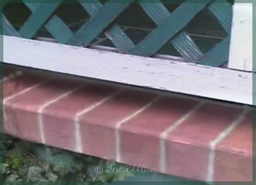 How to Paint Faux Bricks on Concrete with a stencil