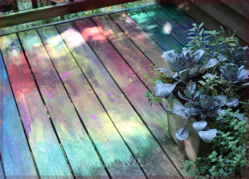Painting a deck with colorful latext paints